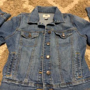 Old navy jean jacket basically new